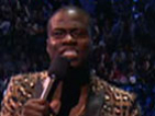Kevin Hart Introduces 2 Chainz' Live Performance