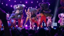 Miley Takes The Stage For Her Epic 2013 VMA Performance