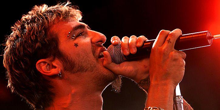 lead singer godsmack
