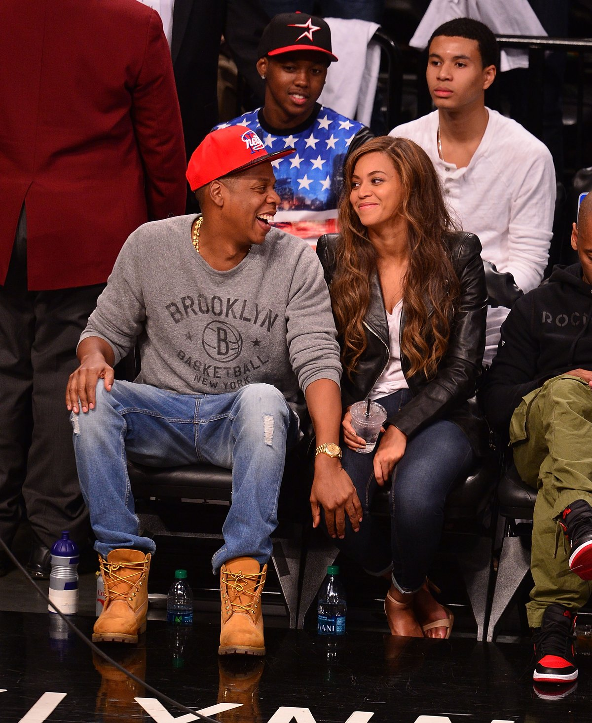 Jay Z and Beyonce at the Nets game
