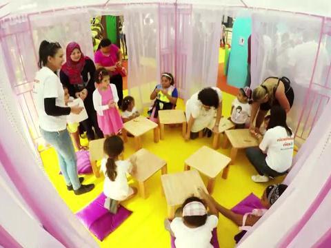 Nickelodeon Playpark Time Lapse