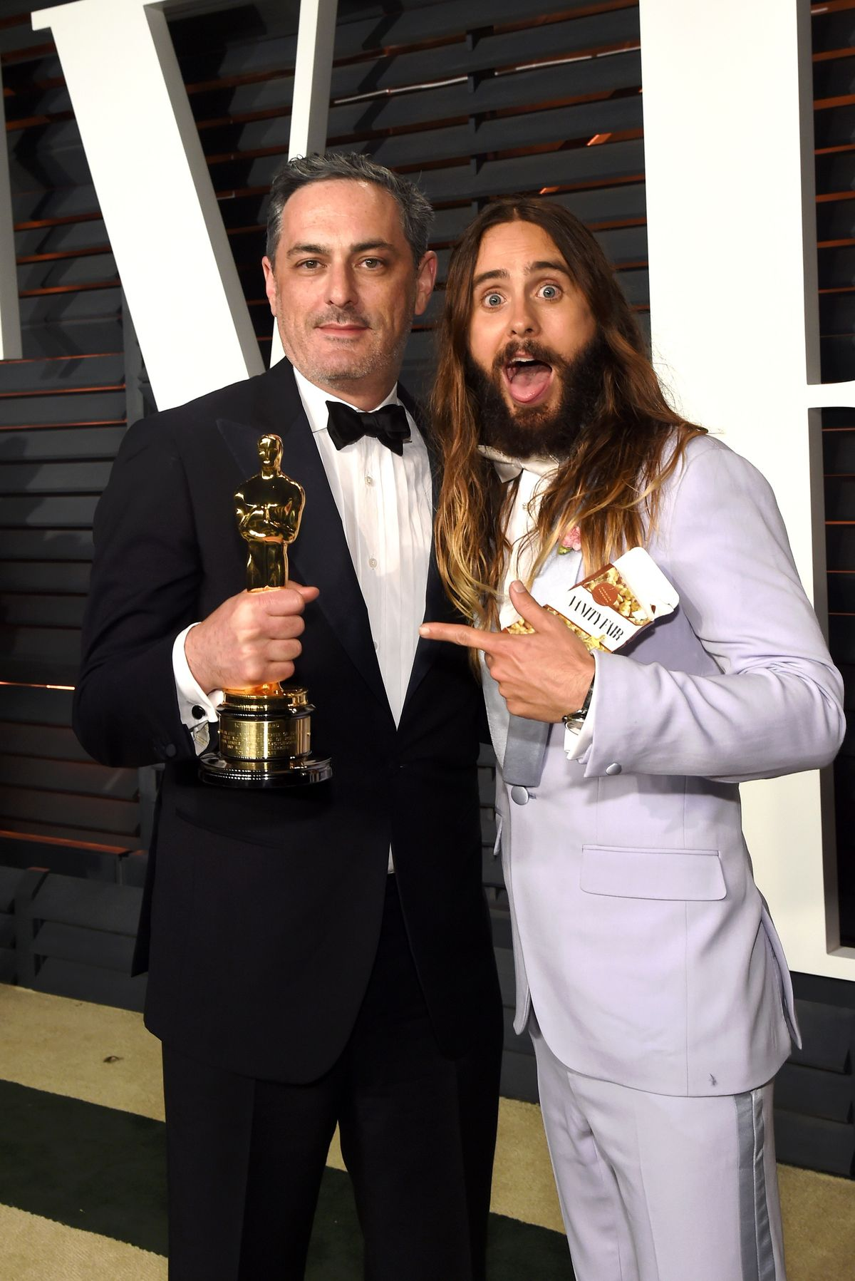 14 Pictures Proving That Jared Leto Had More Fun Than Anyone On Oscar Night Leto5-1424700277.jpg?quality=0