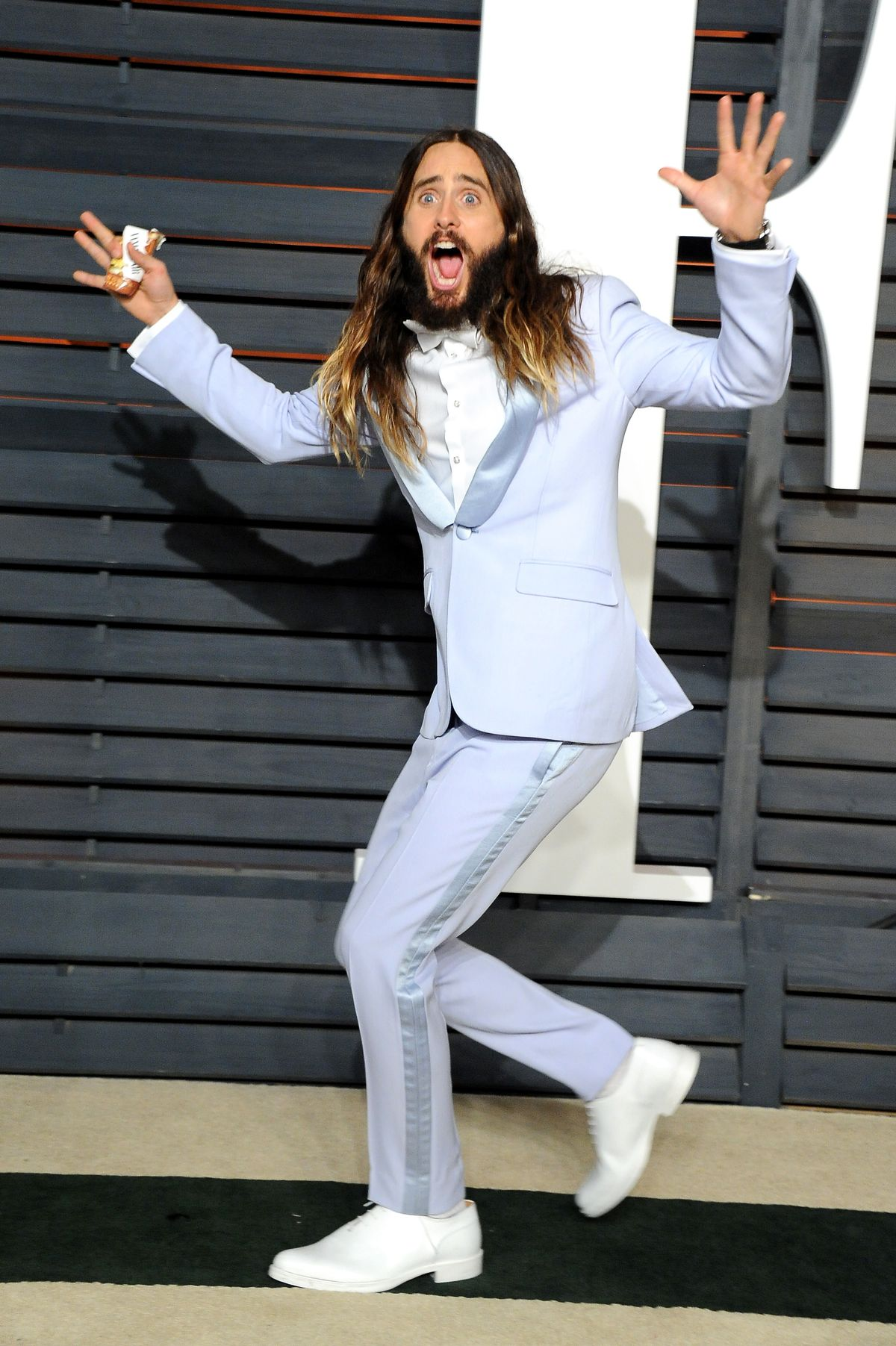 14 Pictures Proving That Jared Leto Had More Fun Than Anyone On Oscar Night Letodance-1424700271.jpg?quality=0