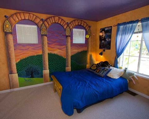 11 39 harry potter 39 bedrooms that 39 ll put a spell on you mtv for Bedroom ideas harry potter