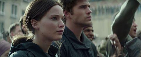 Katniss and Gale Mockingjay Part 2
