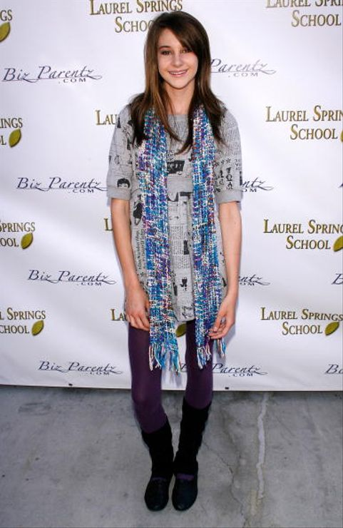 UNIVERSAL CITY, CA - APRIL 13:  Actress Shailene Woodley arrives at The BizParents Foundation's 4th Annual 2008 CARE Awards honoring Showbiz Kids on April 13, 2008 at the Globe Theatre at Universal Studios Hollywood in Universal City, California  (Photo by Michael Bezjian/WireImage)