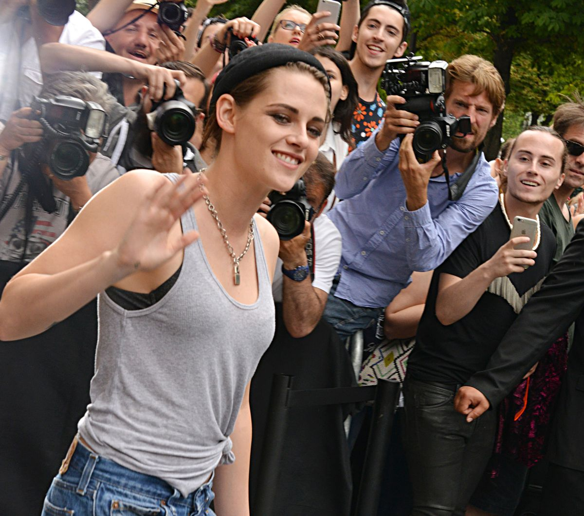 PARIS, FRANCE - JULY 07: Kristen Stewart leaves  the Chanel show as part of Paris Fashion Week Haute Couture Fall/Winter 2015/2016 on July 7, 2015 in Paris, France. (Photo by Foc Kan/WireImage)