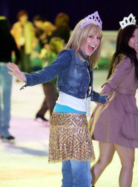 Ashley Tisdale Skating