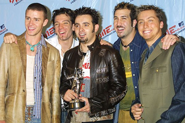 Past VMA Winners And Their Moonmen - Photo Gallery - VMA ...