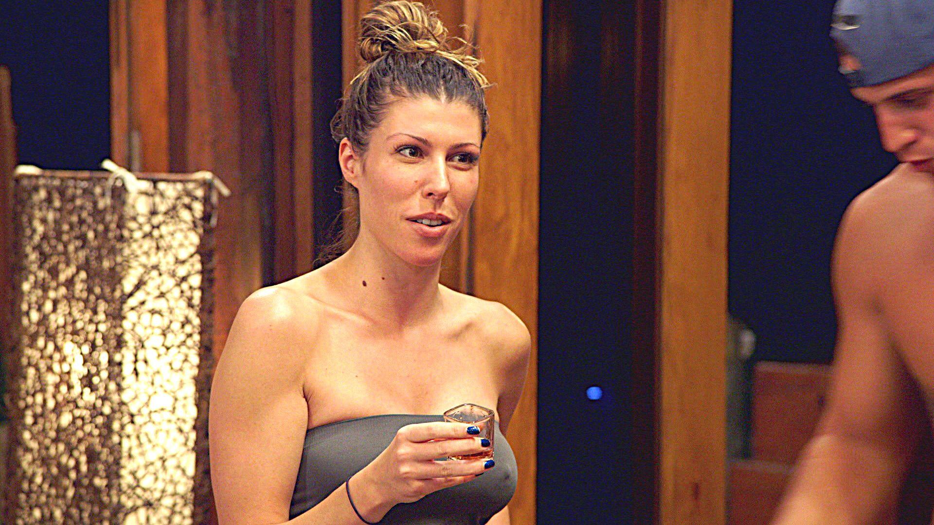 Amy Paffrath Nude elissa and fallon clash