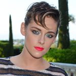 Kristen Stewart Has Been Perfectly Cast In A Lesbian Holiday Rom-com