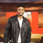 Trey Songz Talks Going From Music To Movies With 'blood Brother' On 'trl'