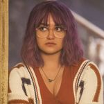 Marvel's Runaways Star Ariela Barer Opens Up About Activism, Anxiety, And Representation