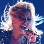 Lady Gaga Went Off The Deep End While Performing 'shallow' At The Grammys