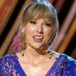 Taylor Swift Jokes About New Music During Her Iheartradio Music Awards Speech