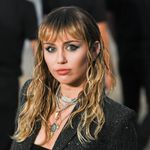 Miley Cyrus Acknowledges Her 'privilege,' Apologizes For Past Comments About Hip-hop