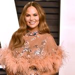 Chrissy Teigen Is In The Mood For A 'binge' Of This Iconic Mtv Series