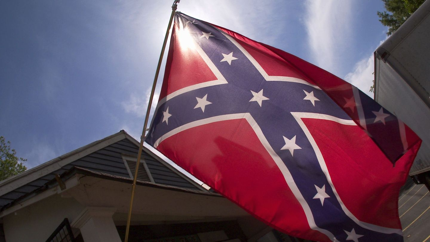 Why Is This High School Letting Kids Wear Confederate Flag Shirts To School?