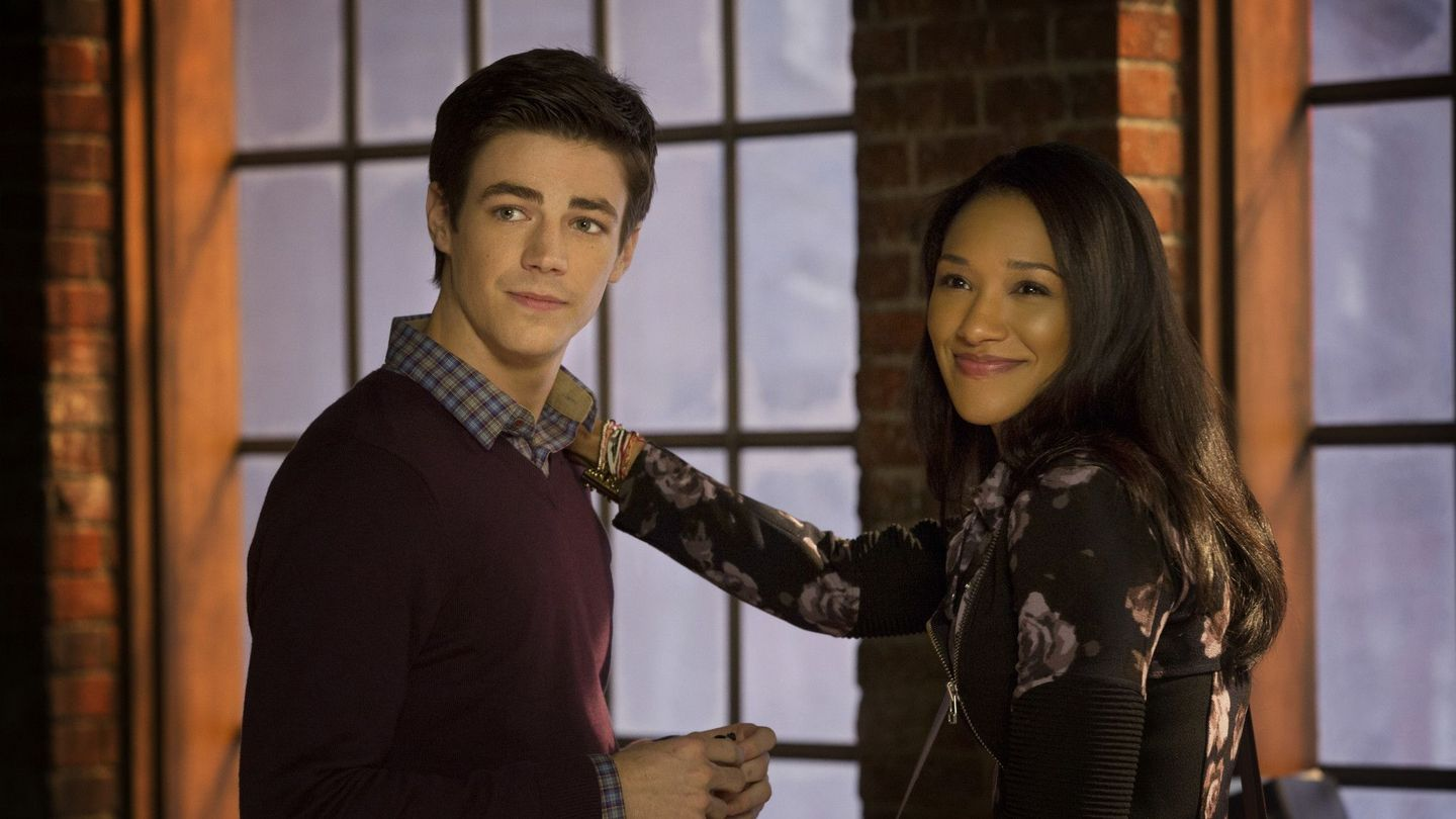'The Flash' Star Candice Patton Tearfully Inspires Comic Book Fans To Look Beyond Race