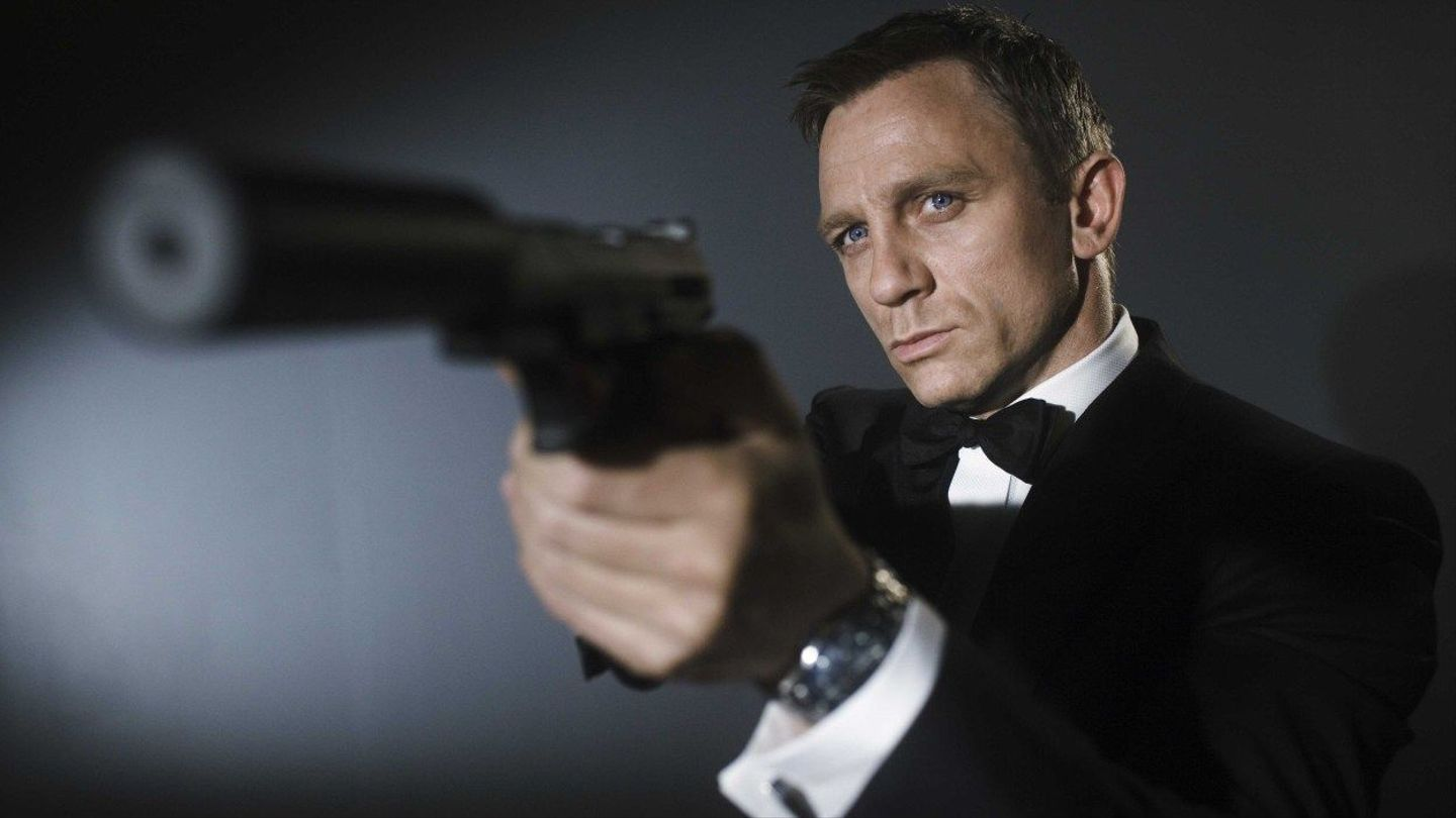 The Race For The Next James Bond Is On See Who S The New