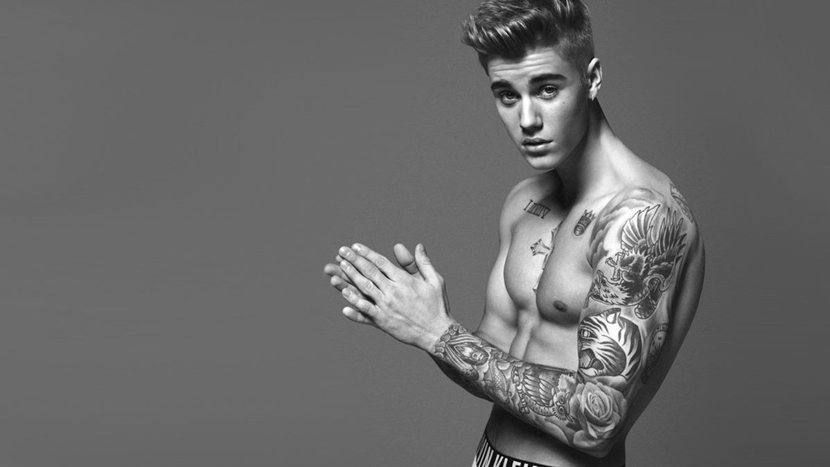 Evidence That Calvin Klein Seriously Photoshopped JustinBieber