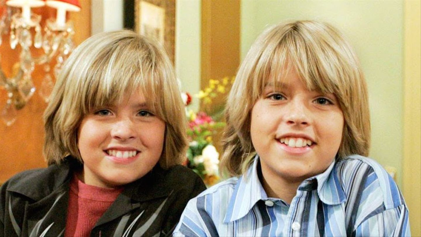 8 Hilarious Twin Pranks That Would Make Zack And Cody Proud