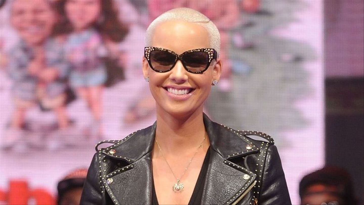 Amber Rose Sextaoe amber rose snaps at kanye west, reminds him about a very