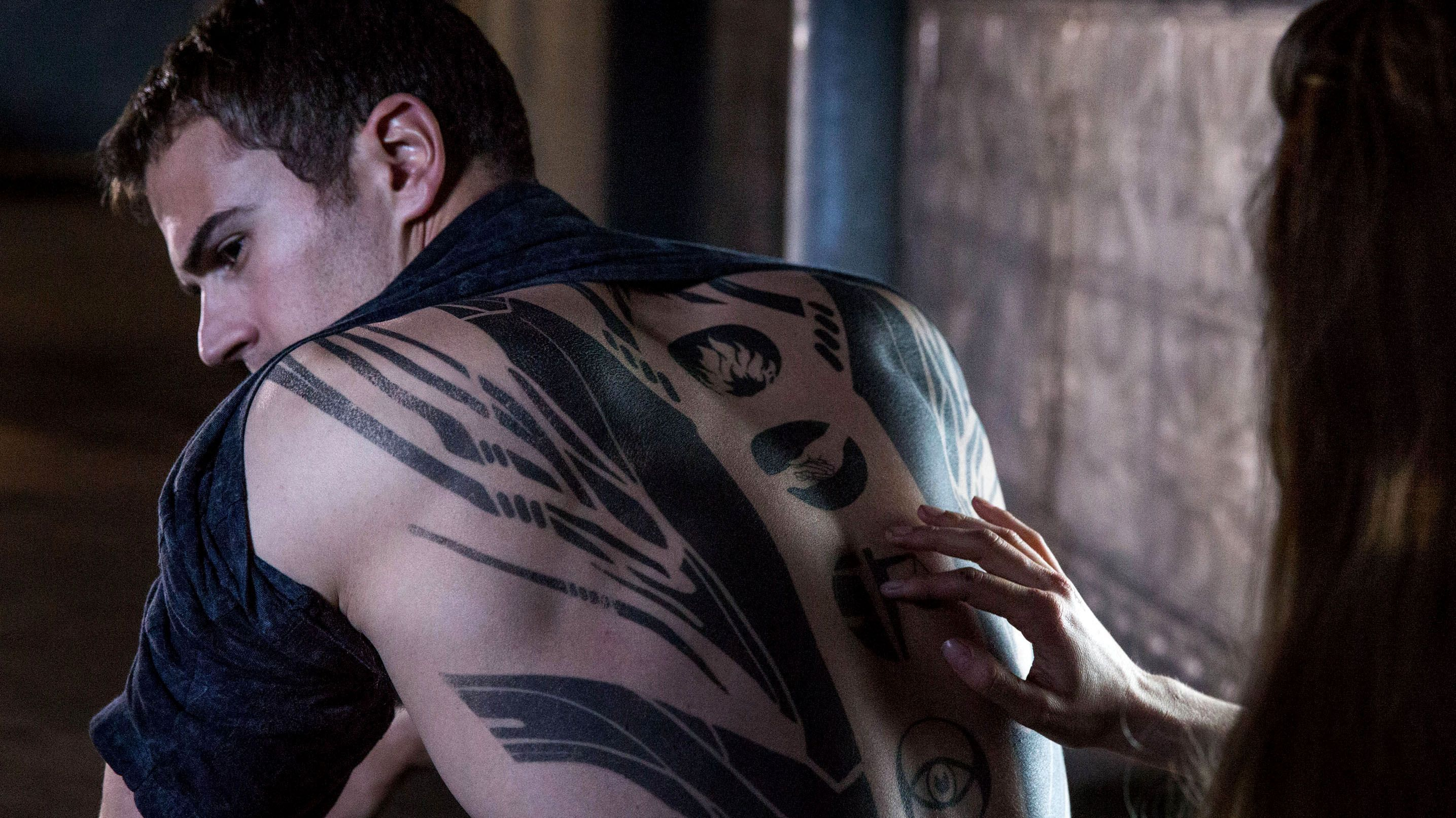 18 Divergent Fan Tattoos That Would Make Tris Prior Proud Mtv