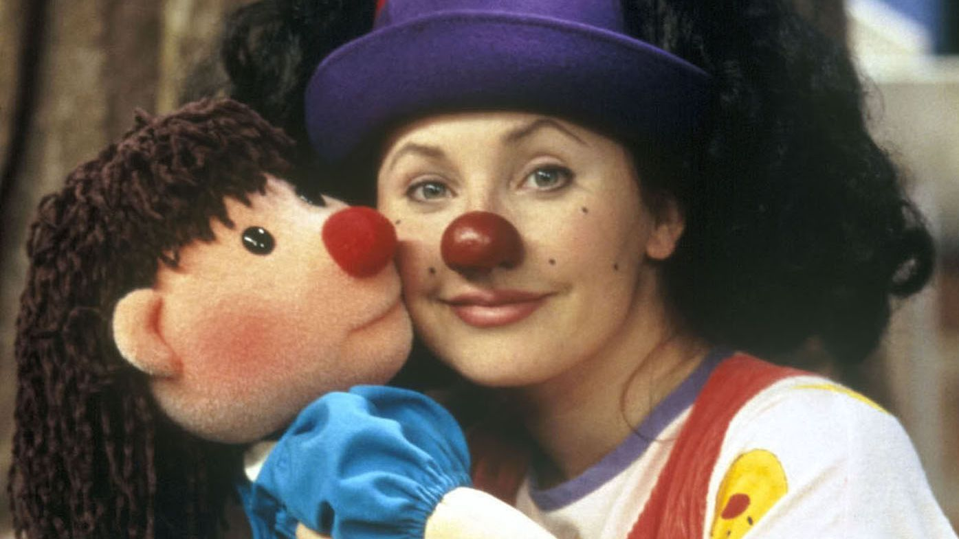 Awe Inspiring Heres What Loonette The Clown From The Big Comfy Couch Is Ibusinesslaw Wood Chair Design Ideas Ibusinesslaworg