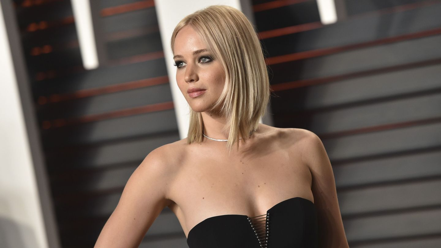 Dear Jennifer Lawrence: We're Not Tired Of You, So Please Stop Acting Like It