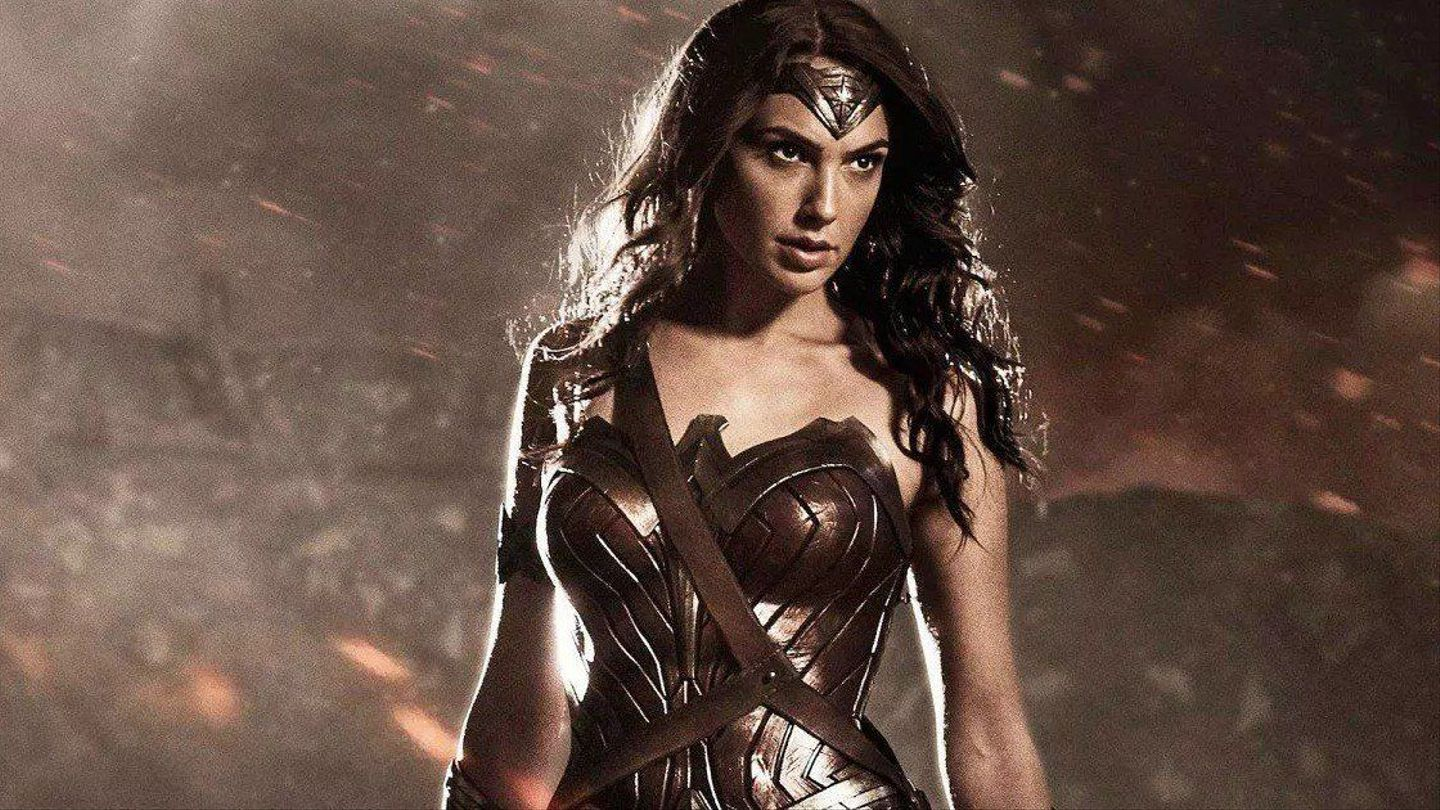 Wonder woman all costumes-6557