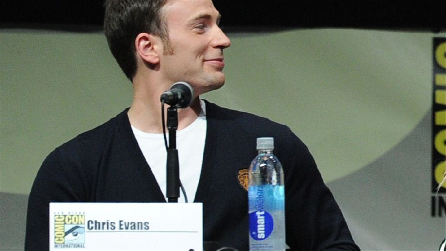 'Age Of Ultron' Revealed: Watch Chris Evans Learn The 'Avengers 2' Title