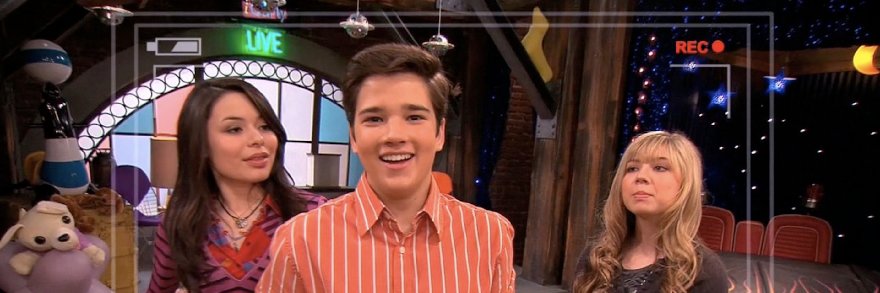 Who is freddie from icarly hookup in real life