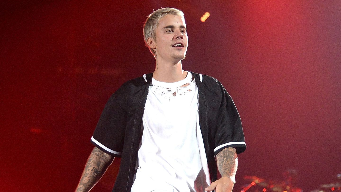 9 Times Other Artists Covered Justin Bieber On Radio 1's Live Lounge