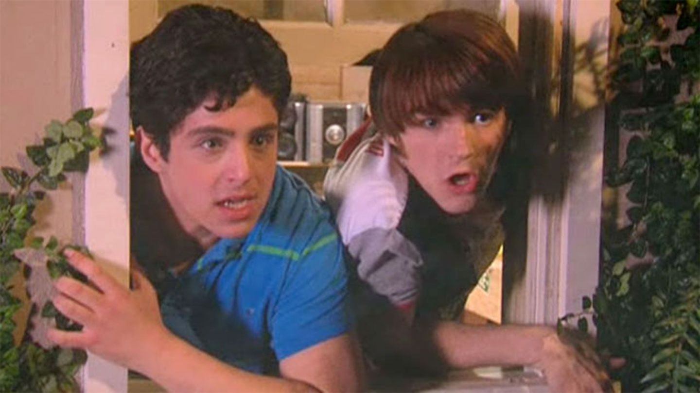 You've Been Singing The Drake & Josh Theme Song Wrong For