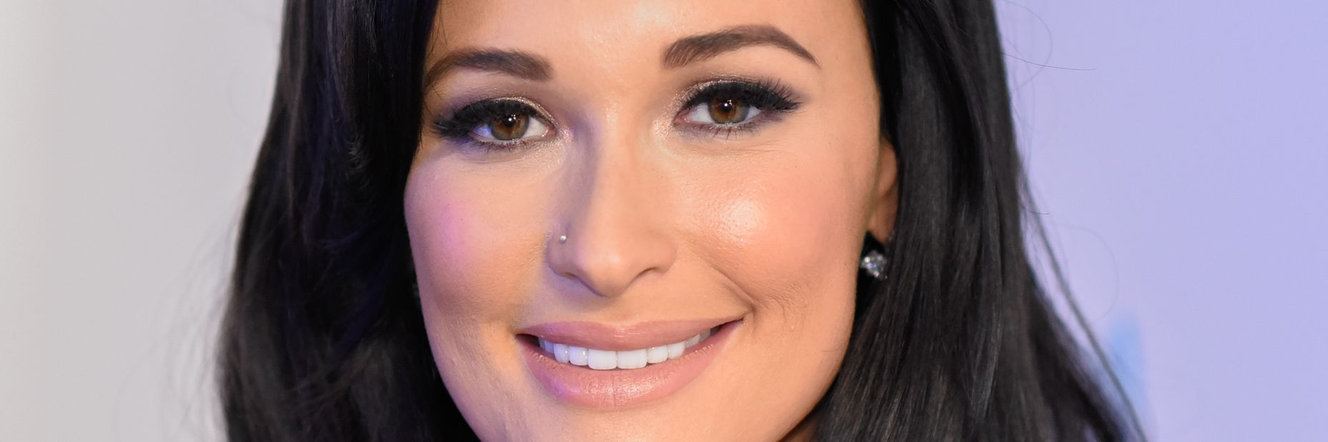 Review: Kacey Musgraves\'s \'A Very Kacey Christmas\' - MTV