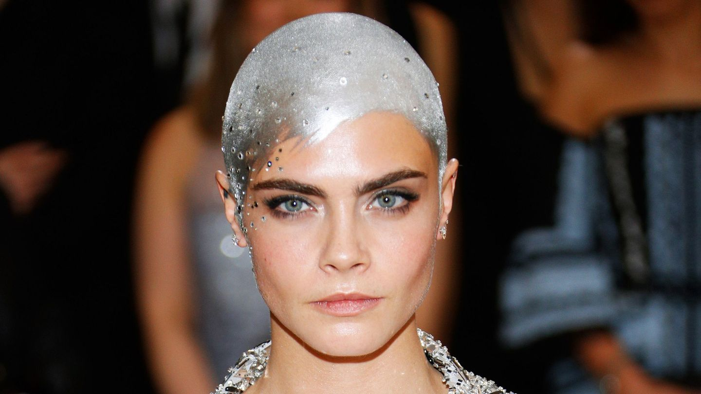 A Young Cara Delevingne Fan Recreated Her Met Gala Look After Getting Chemo