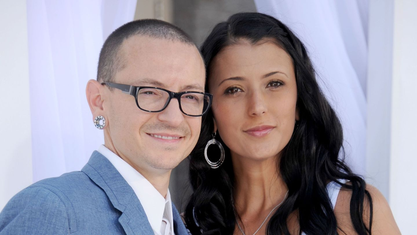 Chester Bennington's Wife, Talinda, Speaks Out About Her Husband's Death: 'Now He Is Pain Free'
