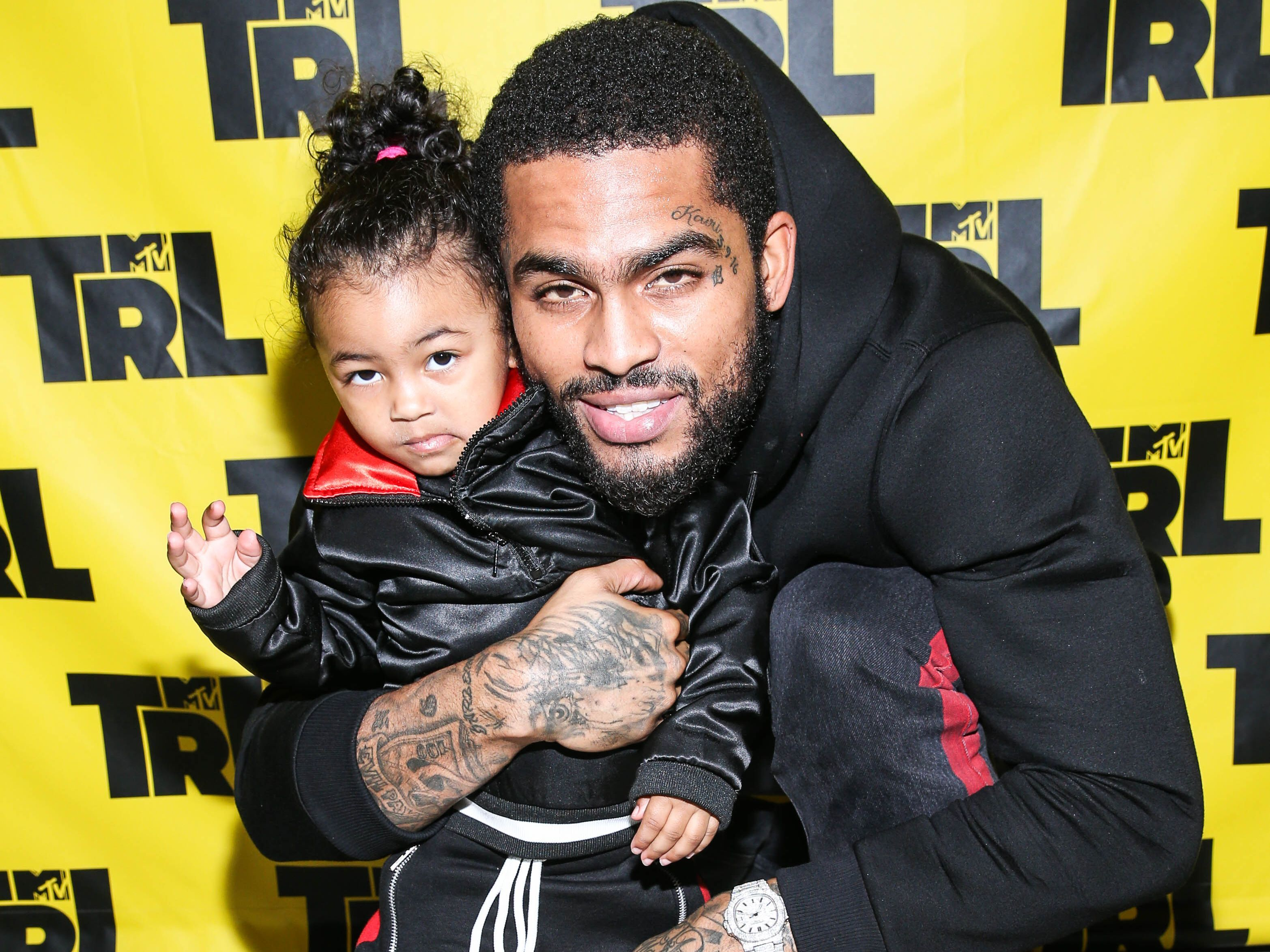 Dave East And His Daughter Melted Hearts On TRL 1d15dfc6495f