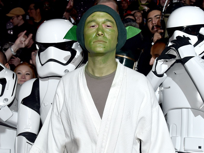 Joseph Gordon Levitt S Secret Role In The Last Jedi Probably Went Over Your Head Mtv