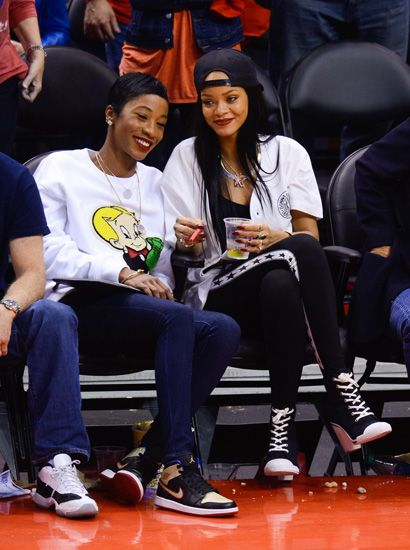 All 11 Outfits Rihanna Has Worn Courtside This Nba Season Mtv