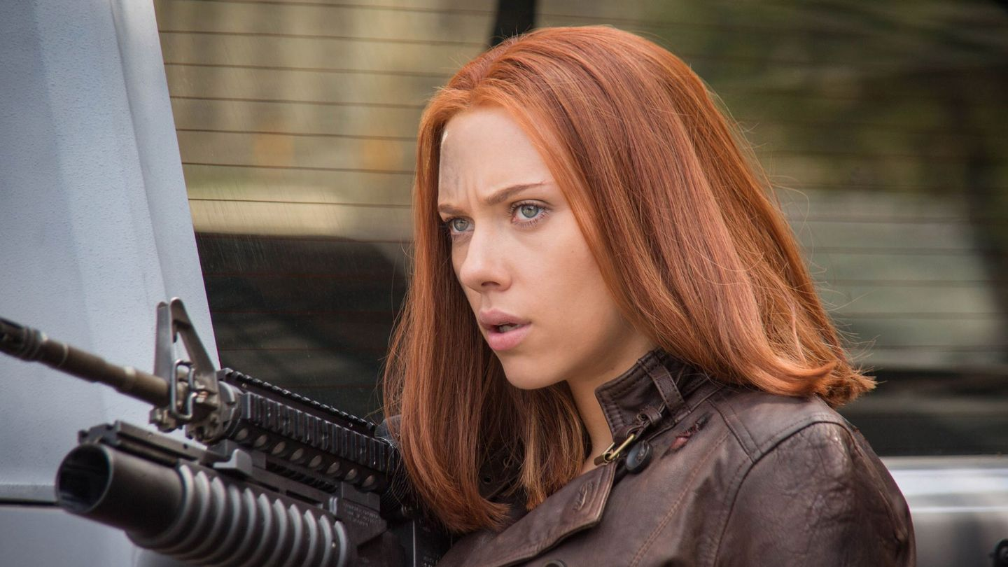 Black Widow Could Murder You With Her New 'Civil War' Haircut