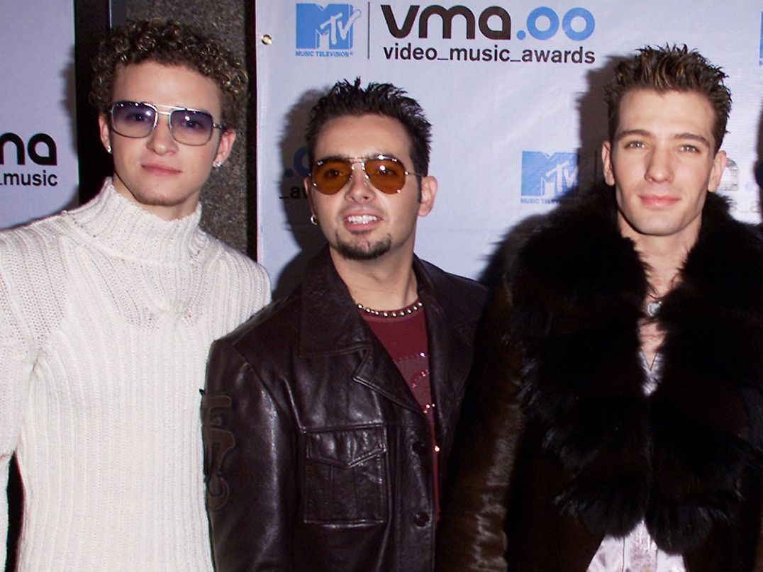 This Is What The VMA Red Carpet Looked Like In 2000 , MTV