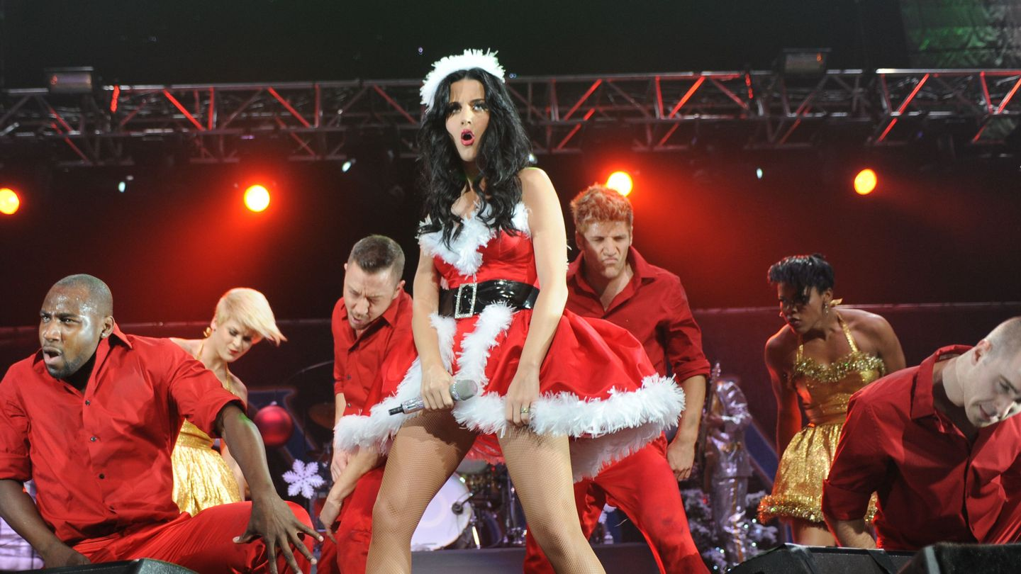 Katy Perry Just Hinted At A Christmas Album - Here's What We Want To Hear