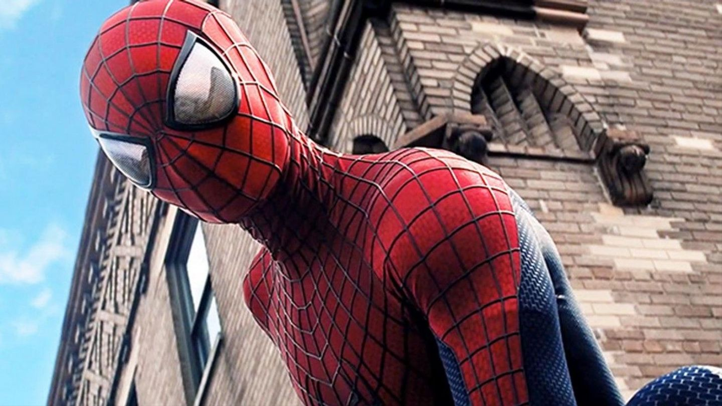 Spider-Man Tom Holland Shows Off His First Ever Spidey Suit