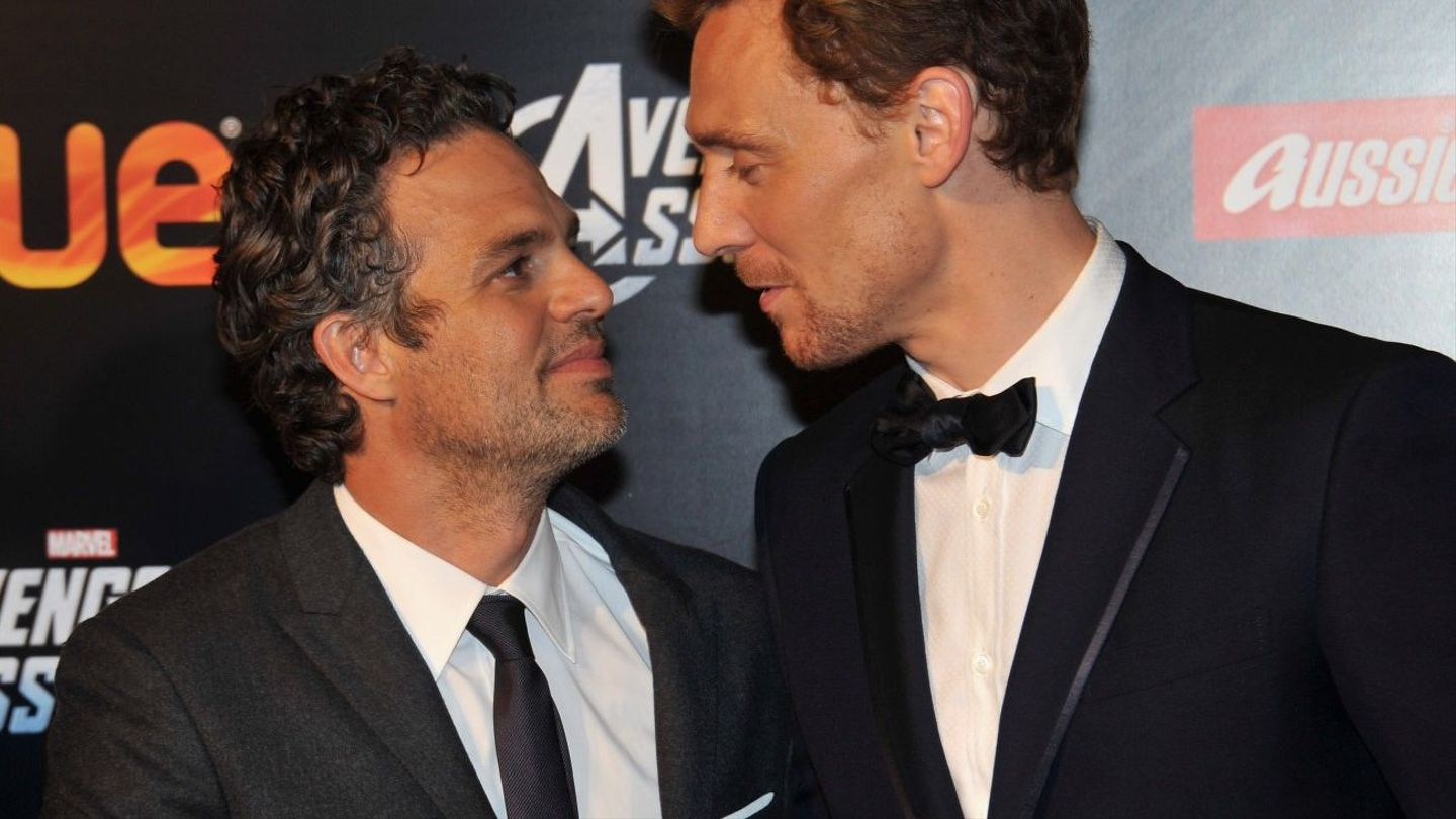 The Hulk And Loki Are PDAing All Over Twitter - MTV