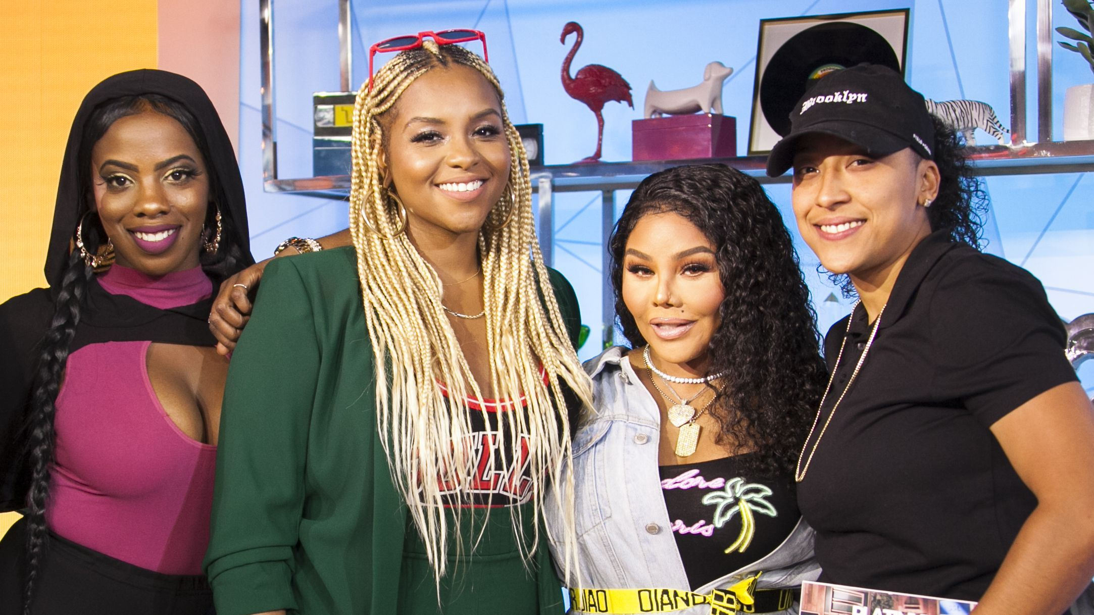 Lil Kim Helps Shape The Future Of Female Rap On TRL