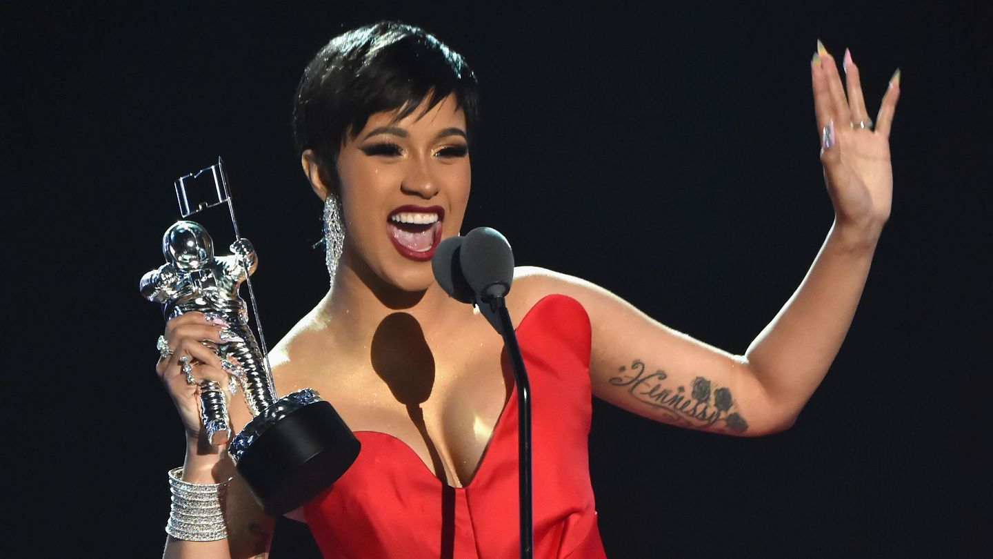 Cardi B Vma: Cardi B Blasts The Haters While Accepting The VMA For Best