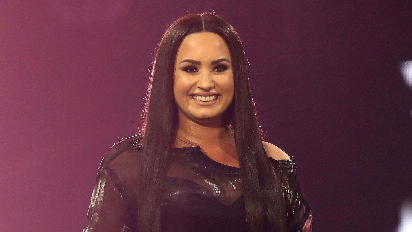 Demi Lovato Was Apparently Spotted Out Of Rehab Over The Weekend