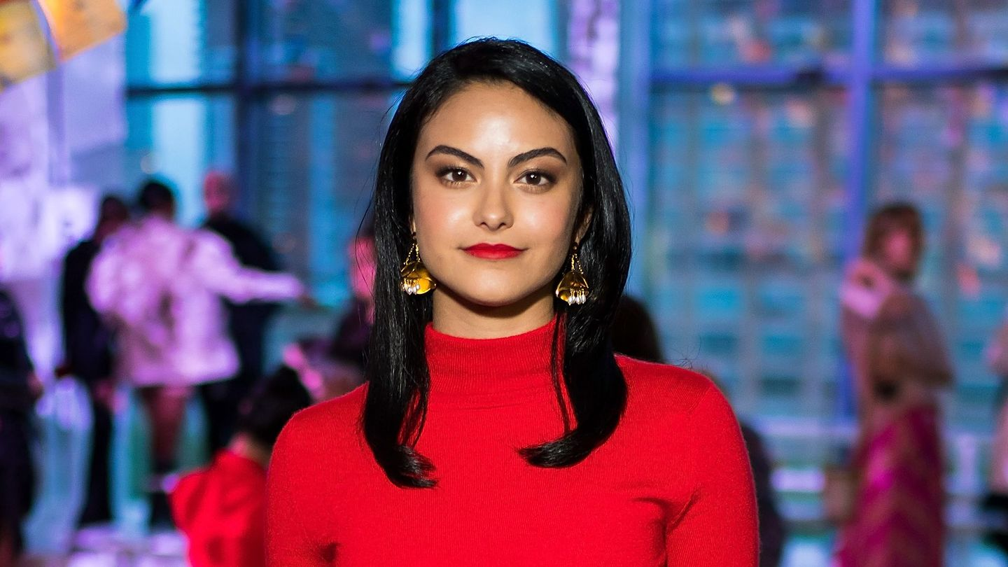 Camila Mendes Talks 'Redefining' Romance With Her New ...